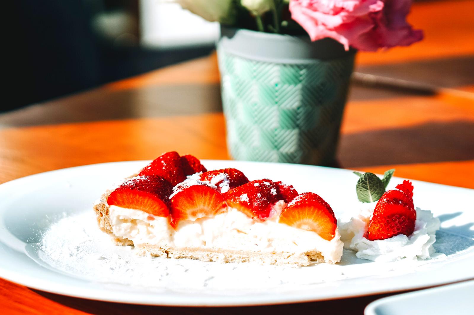 Tartă de căpșune cu cremă de vanilie